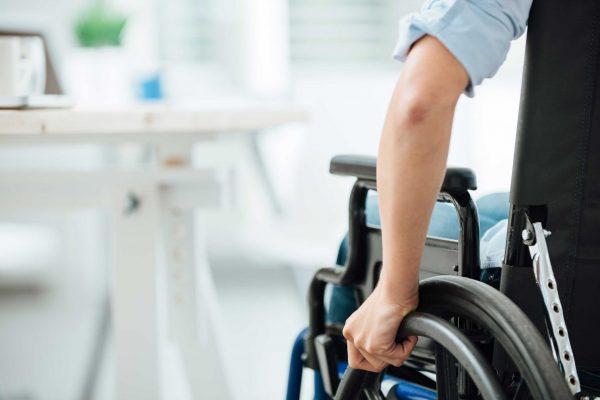 Accidente-laboral-negligencia-medica-Ros-Pelegay-Abogados